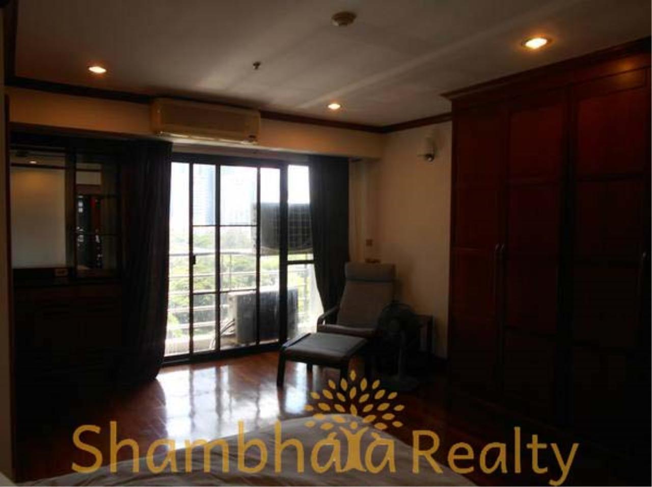 Shambhala Realty Agency's The Grand Condominium for Rent in Ratchadamri 11