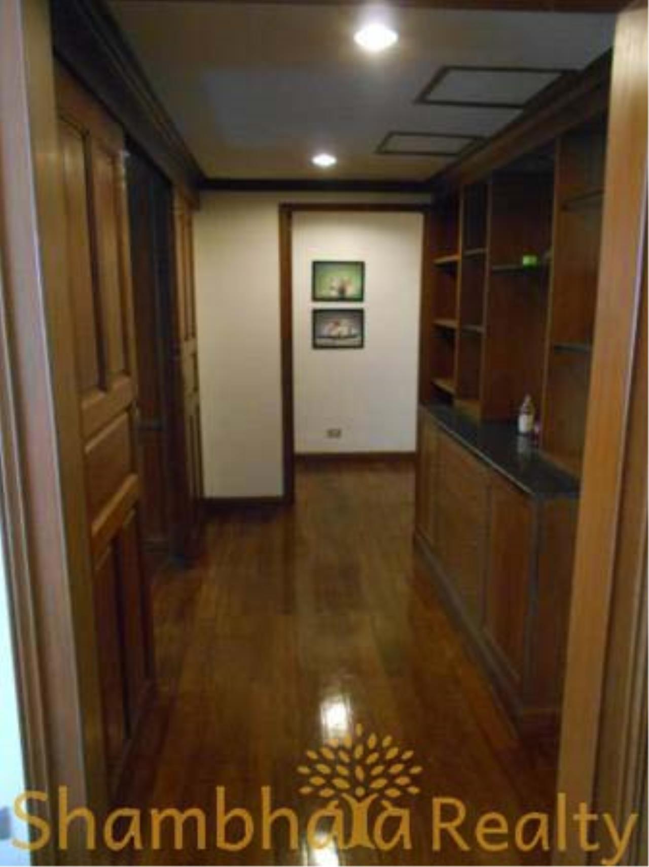 Shambhala Realty Agency's The Grand Condominium for Rent in Ratchadamri 4