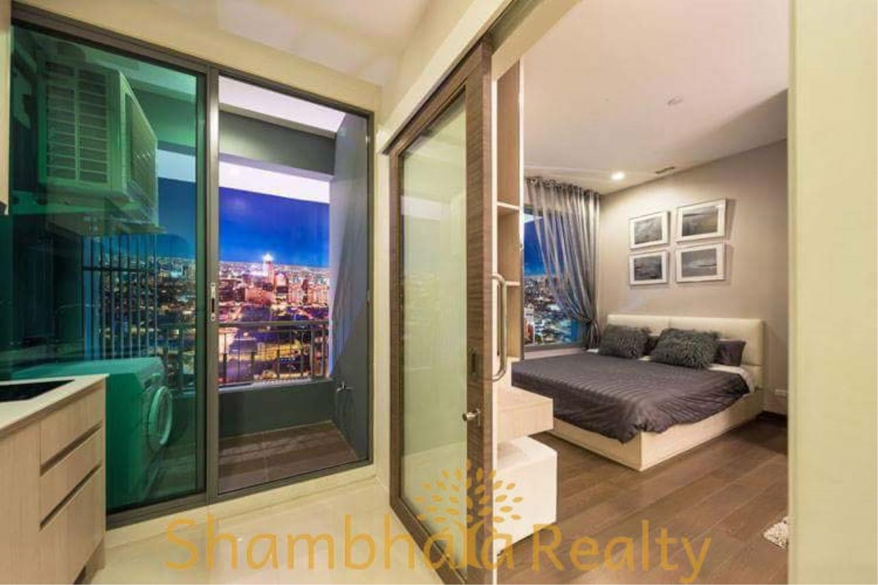 Shambhala Realty Agency's Q Asoke Condominium for Rent in Asoke-Petchaburi 7