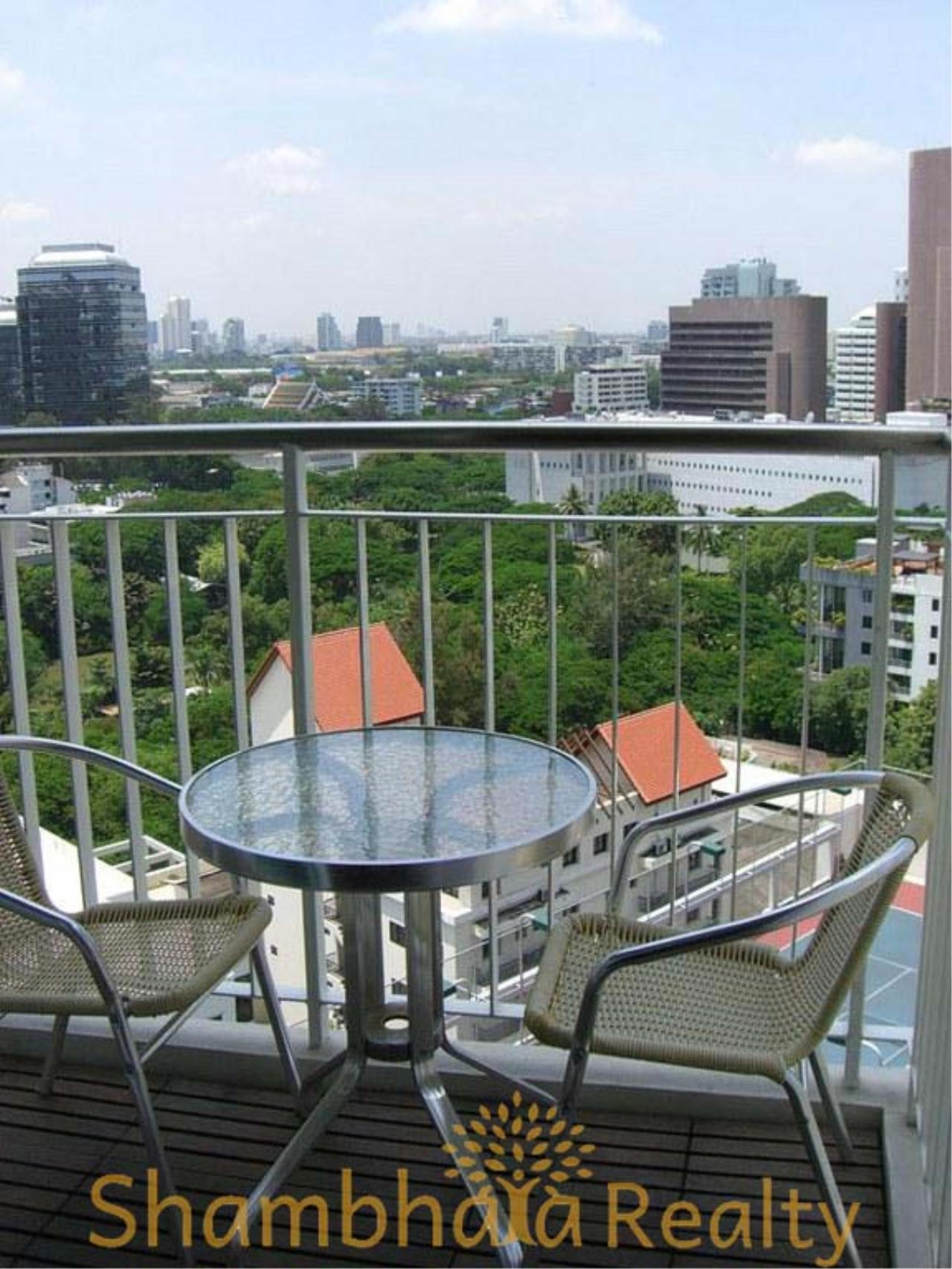 Shambhala Realty Agency's Urbana Langsuan Condominium for Rent 8