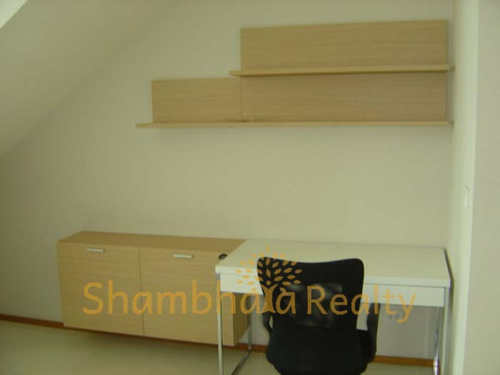 Shambhala Realty Agency's The Emporio Place 1 Bedroom Duplex River View 55K 3