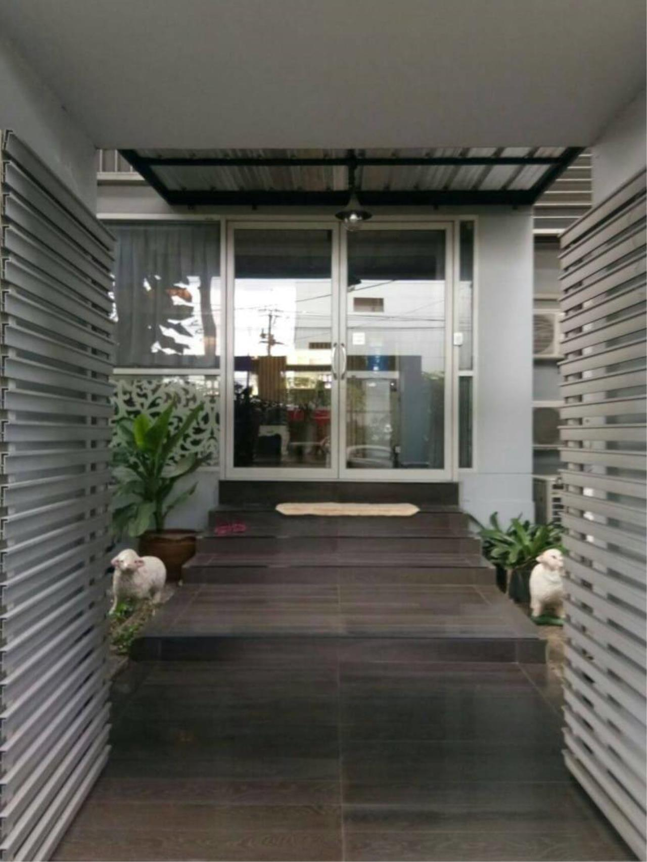 Agent - Phapayawarin Agency's Townhome 4 storeys 4