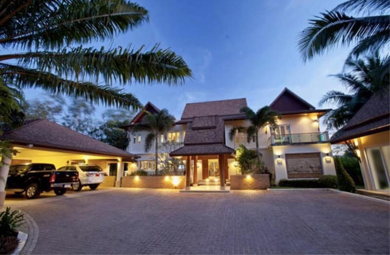Agent - Phapayawarin Agency's  Luxury home in Boat Lagoon, Phuket, Thailand 1