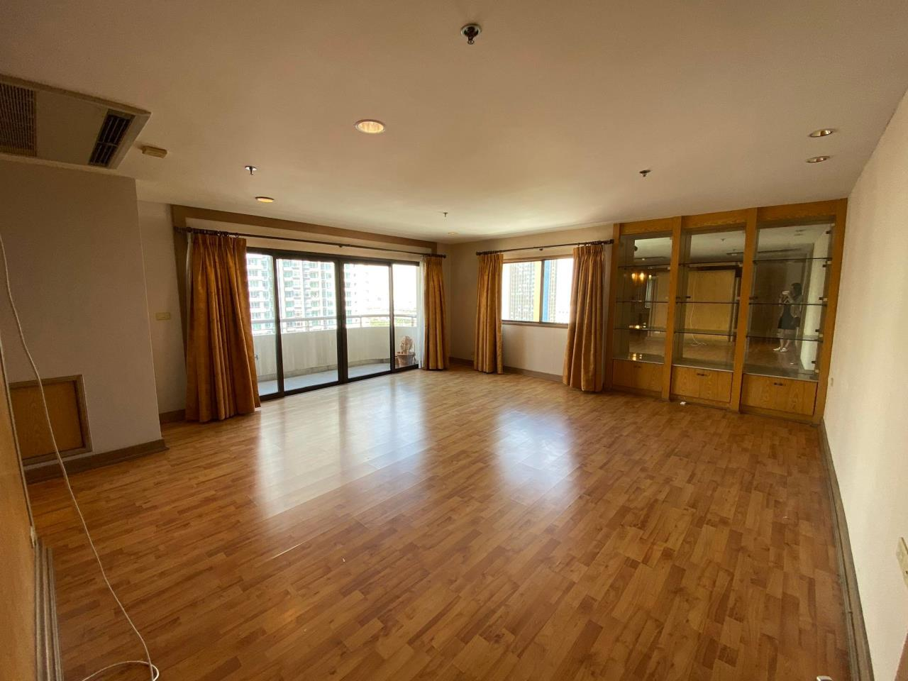Agent - Phapayawarin Agency's For Rent/Sale ! Kallista Mansion  , BTS NANA, 630 sq.m., 5beds 6baths 7