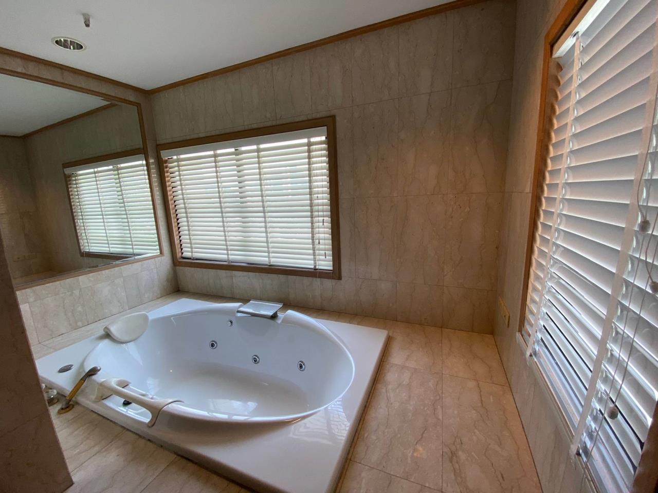 Agent - Phapayawarin Agency's For Rent/Sale ! Kallista Mansion  , BTS NANA, 630 sq.m., 5beds 6baths 8