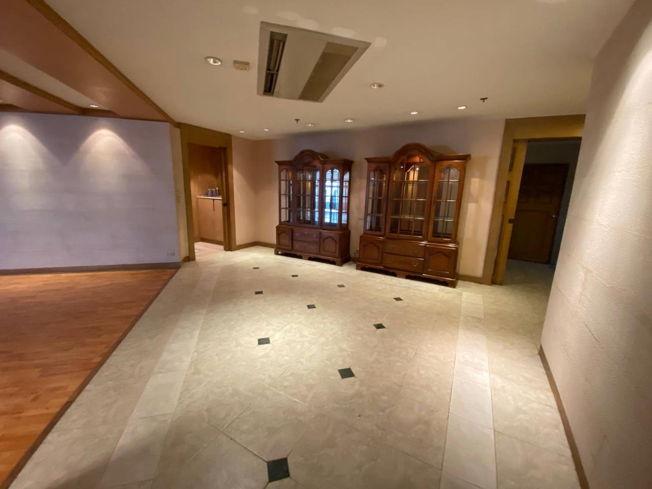 Agent - Phapayawarin Agency's For Rent/Sale ! Kallista Mansion  , BTS NANA, 630 sq.m., 5beds 6baths 9