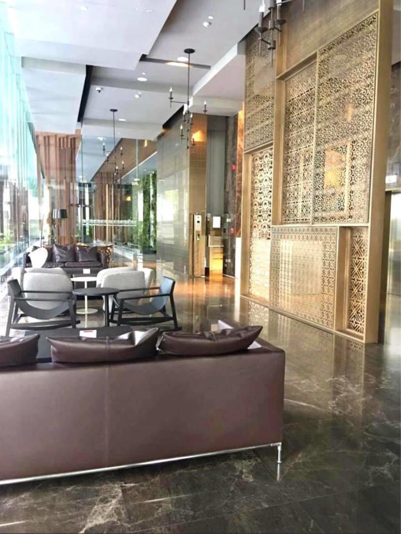 Agent - Phapayawarin Agency's HYDE Sukhumvit soi 13,  BTS Nana , 55 sq.m  11