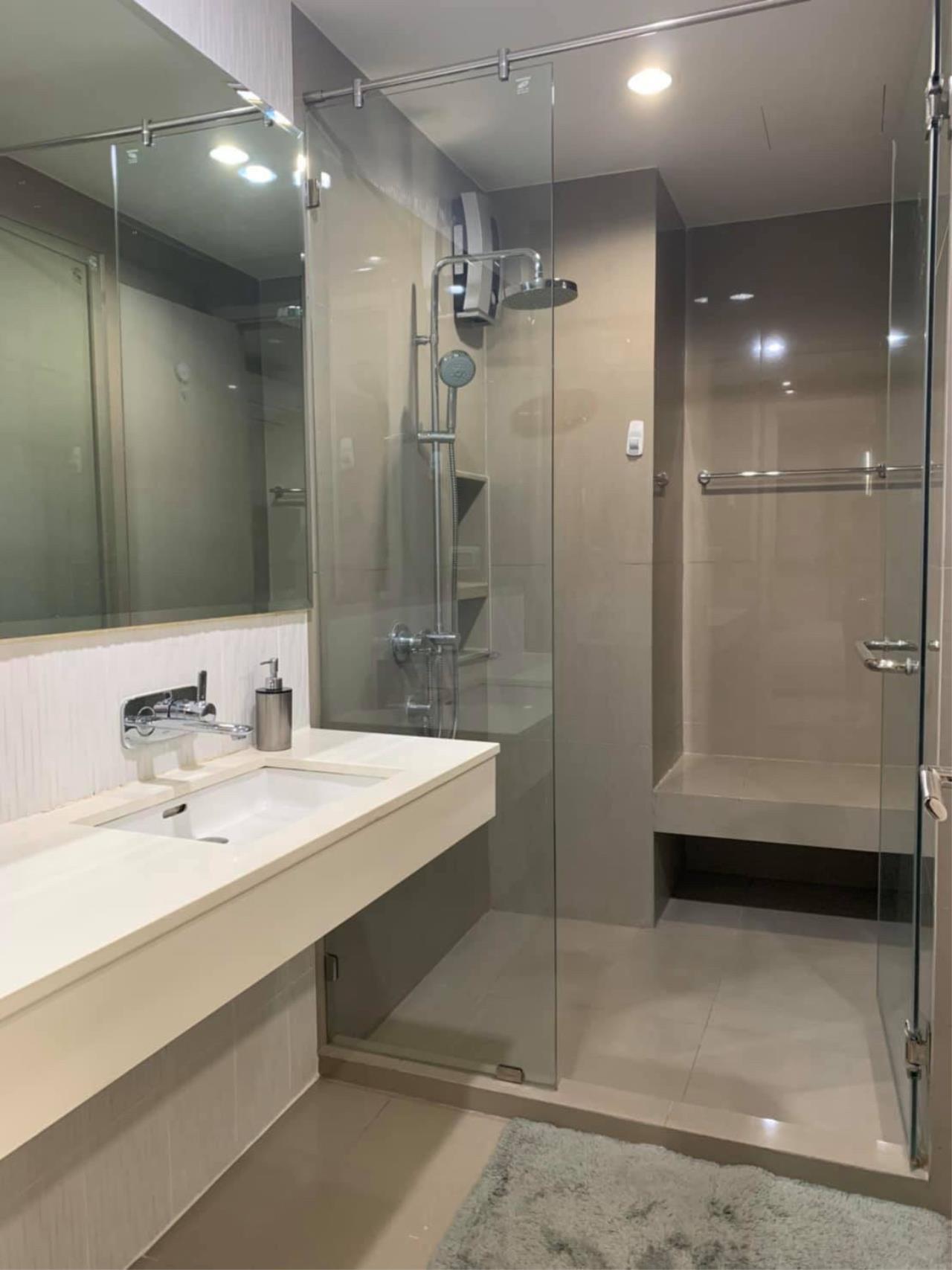 Agent - Phapayawarin Agency's For Rent***Rhythm Sukhumvit 42, 48 sq.m,1 bedroom 1 bathroom, BTS Ekamai 8