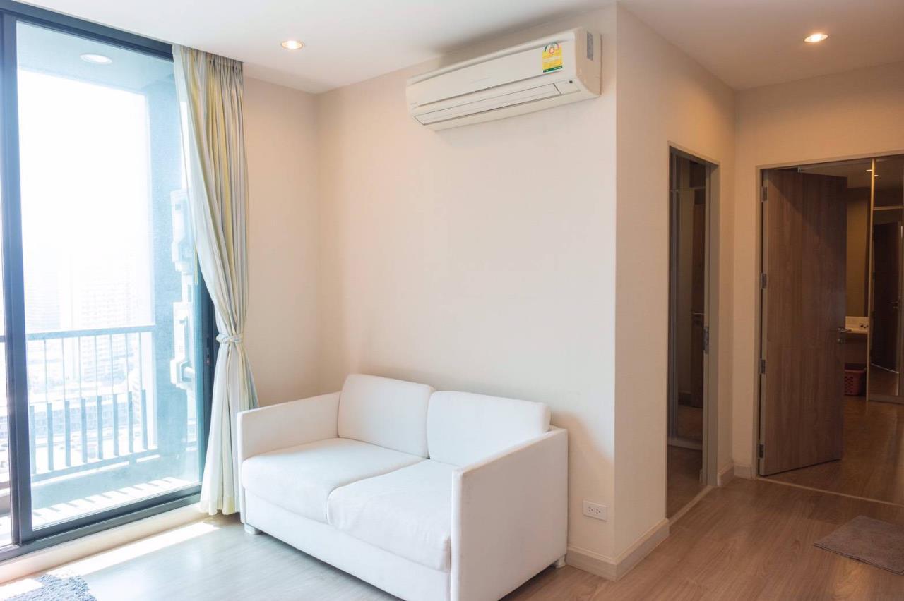 Agent - Phapayawarin Agency's For Rent***The Capital Ratchaprarop-Vibhavadi, 60 Sq.m., 2 Bedroom 2 Bathroom, Corner Unit  4