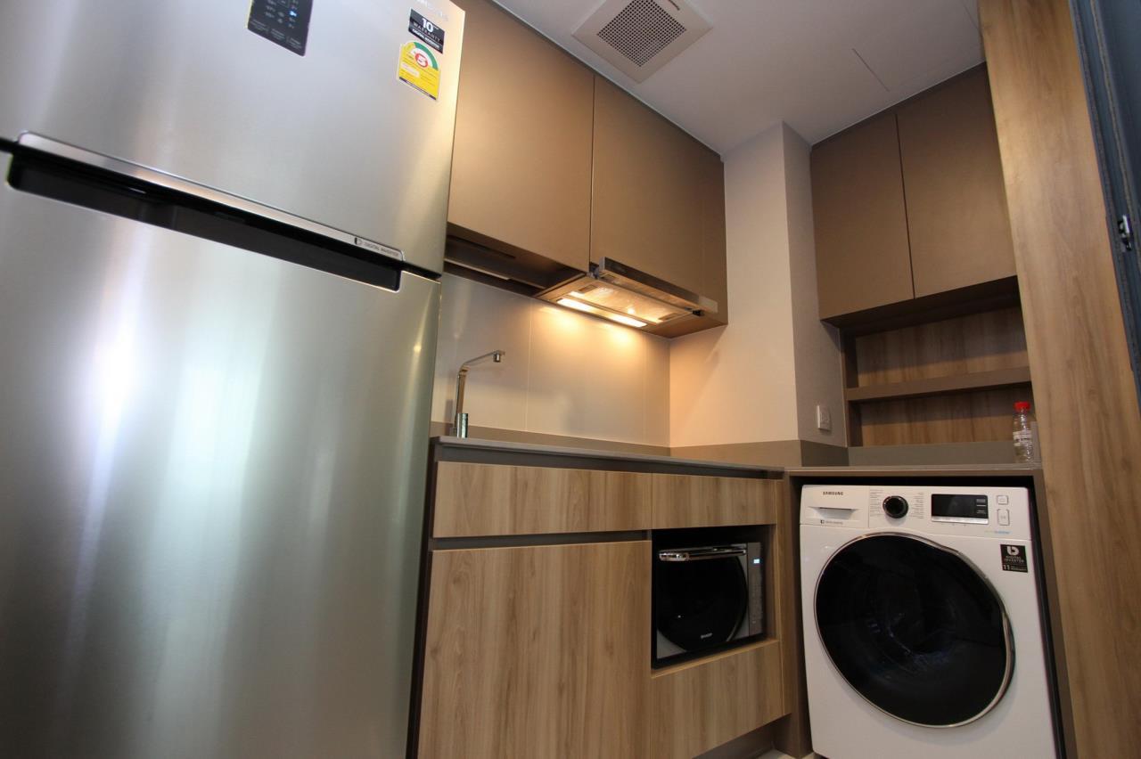 Agent - Phapayawarin Agency's Taka HAUS Ekkamai 10 For Rent/Sale, 67.32 Sq.m., 2 bedrooms 2 bathrooms, BTS Ekkamai  18