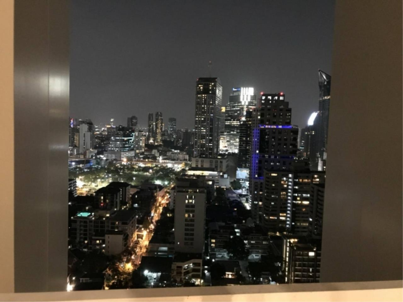 Agent - Mayteekul Sujirapinyokul Agency's For Rent Condo Park 24 Sukhumvit 24 Fully furnished 3