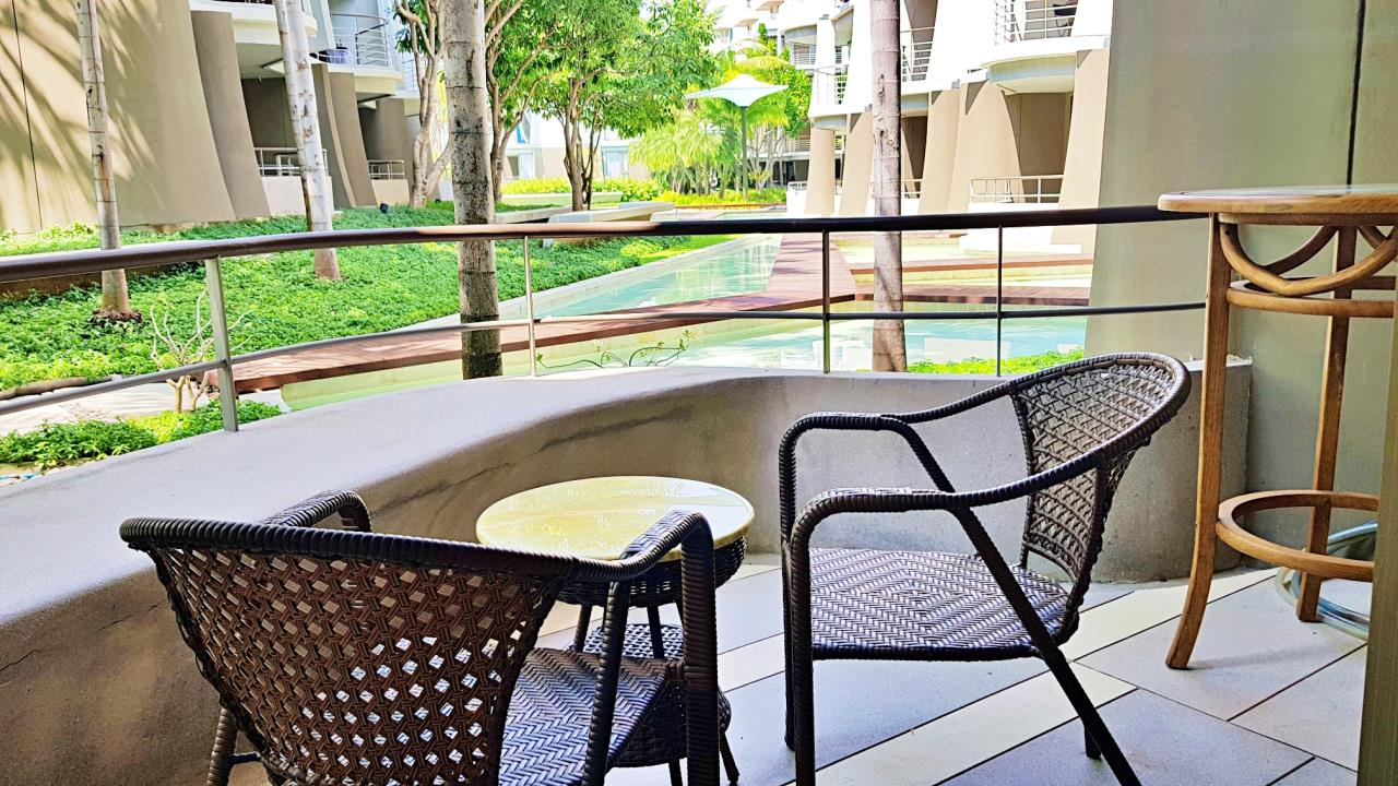 Agent - Sirikarn Katesuwan Agency's Luxury Beachfront Apartment 79 SQM. in Hua Hin for SALE only 6M 11