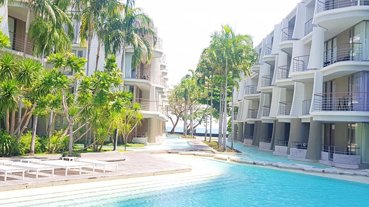 Agent - Sirikarn Katesuwan Agency's Luxury Beachfront Apartment 79 SQM. in Hua Hin for SALE only 6M 14