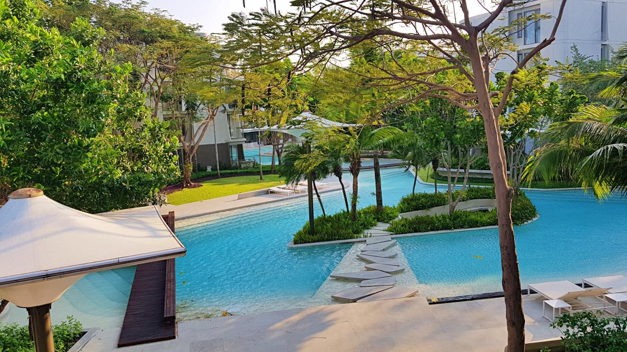 Agent - Sirikarn Katesuwan Agency's Luxury Beachfront Apartment 79 SQM. in Hua Hin for SALE only 6M 15