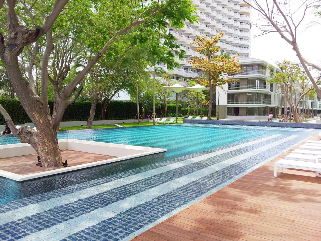 Agent - Sirikarn Katesuwan Agency's Luxury Beachfront Apartment 79 SQM. in Hua Hin for SALE only 6M 2