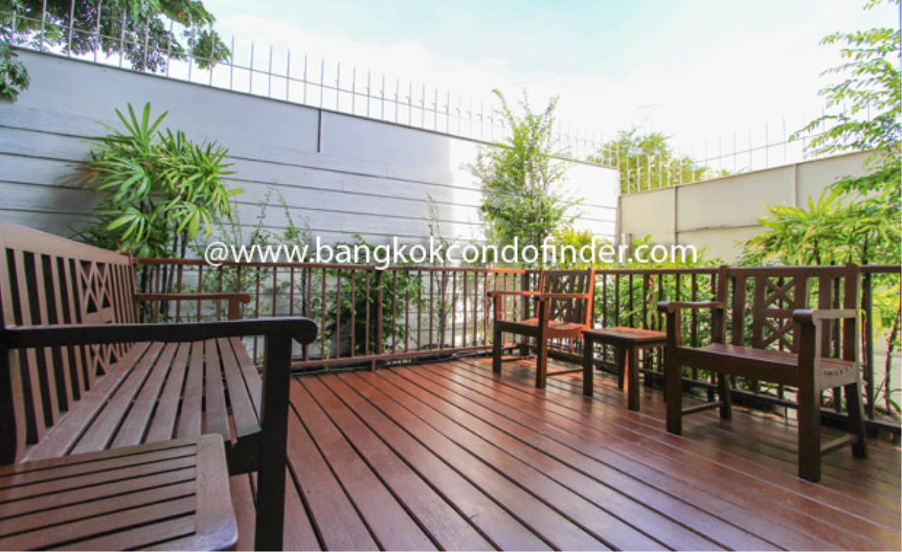 Bangkok Condo Finder Agency's Chateau Langsuan Condominium for Rent 2