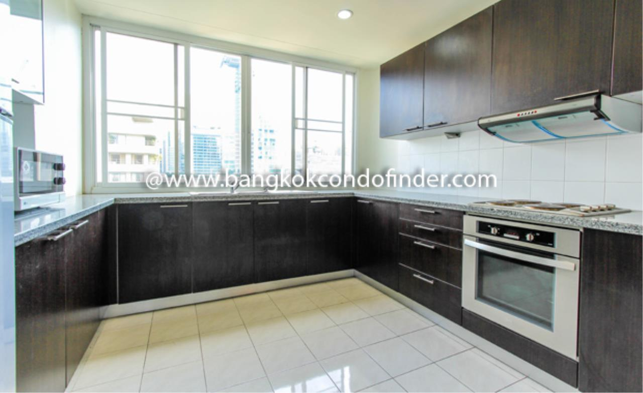 Bangkok Condo Finder Agency's Nagara Mansion Condominium for Rent 5