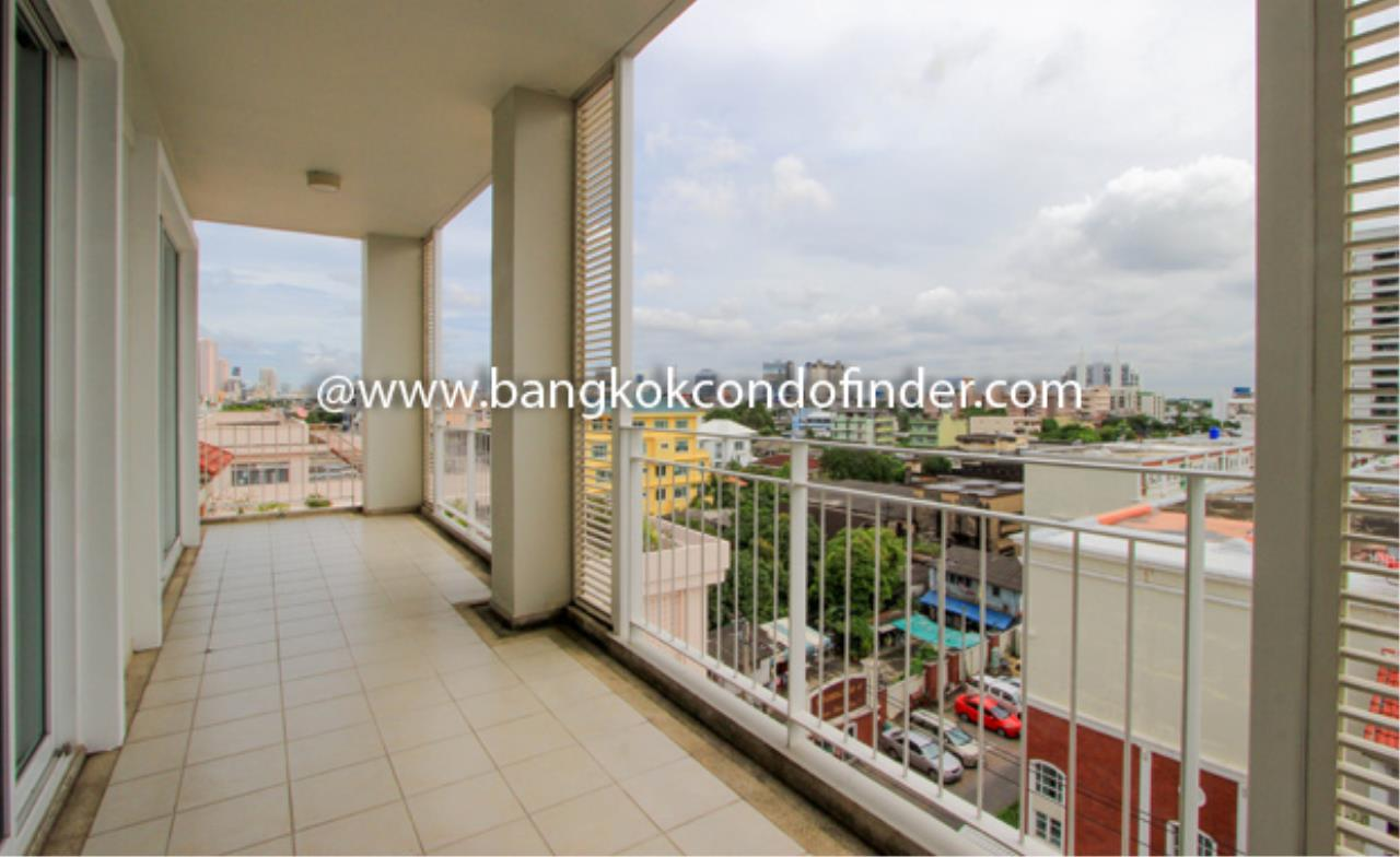 Bangkok Condo Finder Agency's Krisana Residence Condominium for Rent 2