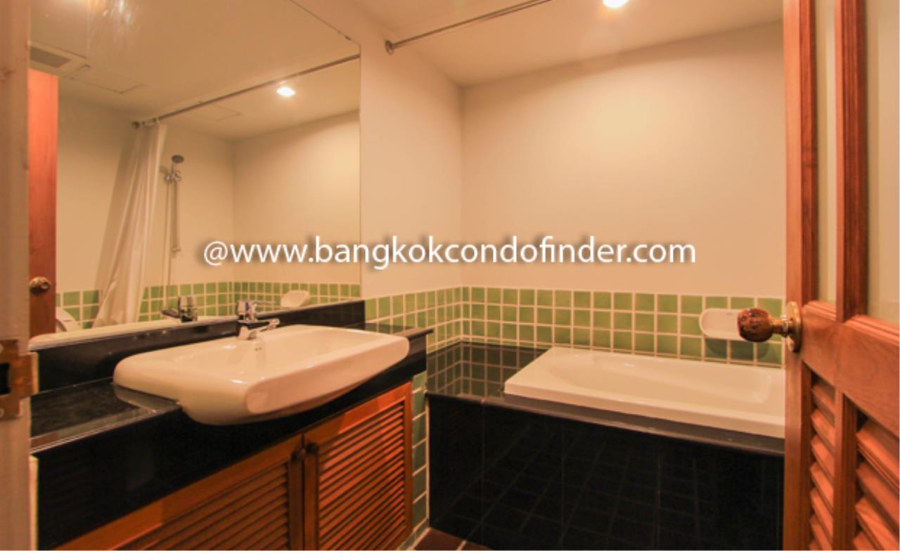 Bangkok Condo Finder Agency's Baan Thirapa Condominium for Rent 2