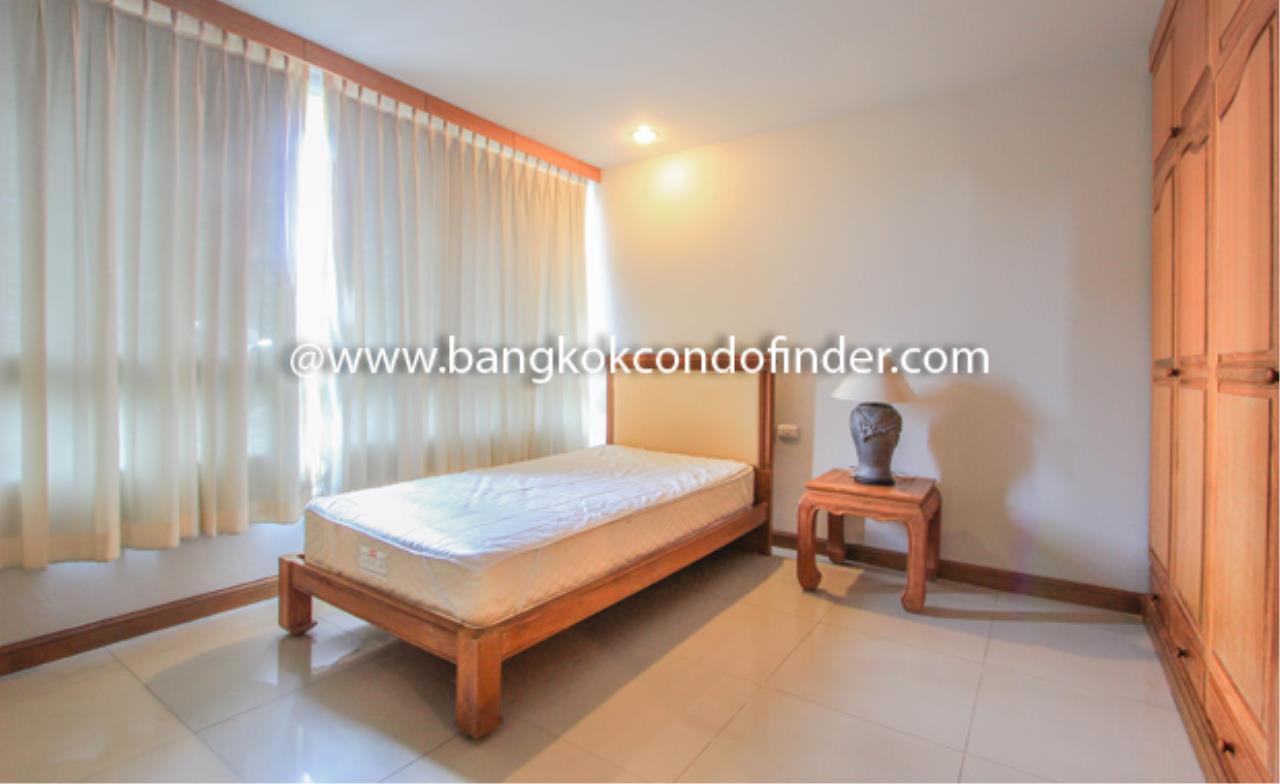 Bangkok Condo Finder Agency's Baan Thirapa Condominium for Rent 5