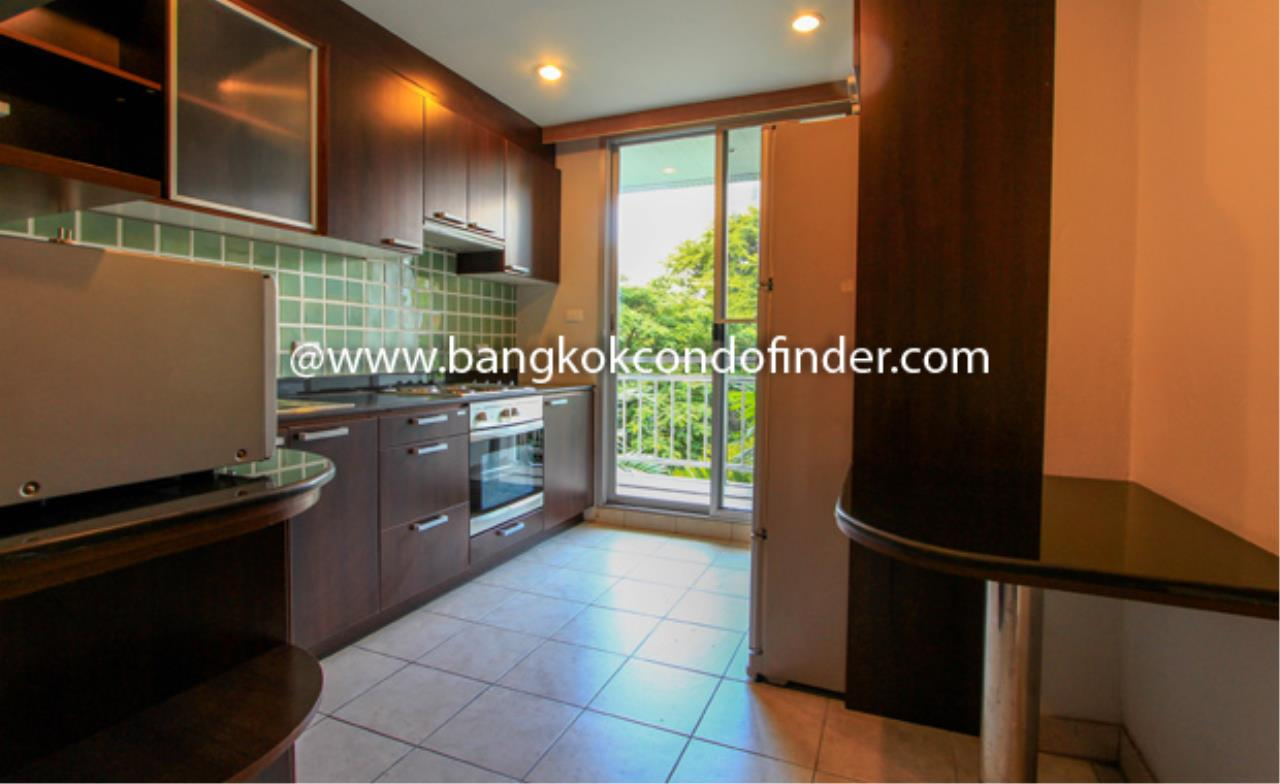 Bangkok Condo Finder Agency's Baan Thirapa Condominium for Rent 4