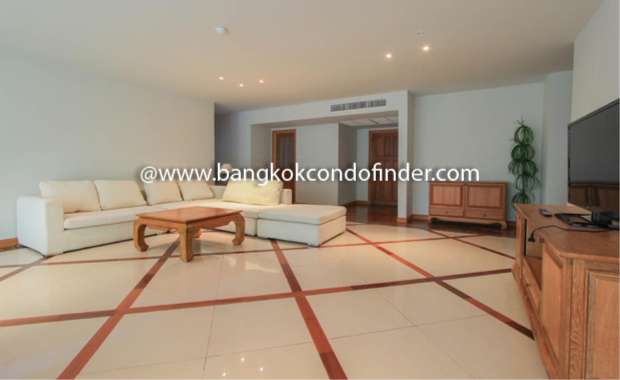 Bangkok Condo Finder Agency's Baan Thirapa Condominium for Rent 10