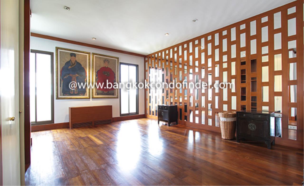 Bangkok Condo Finder Agency's Pimarn Sathorn (Black list) Condominium for Rent 11