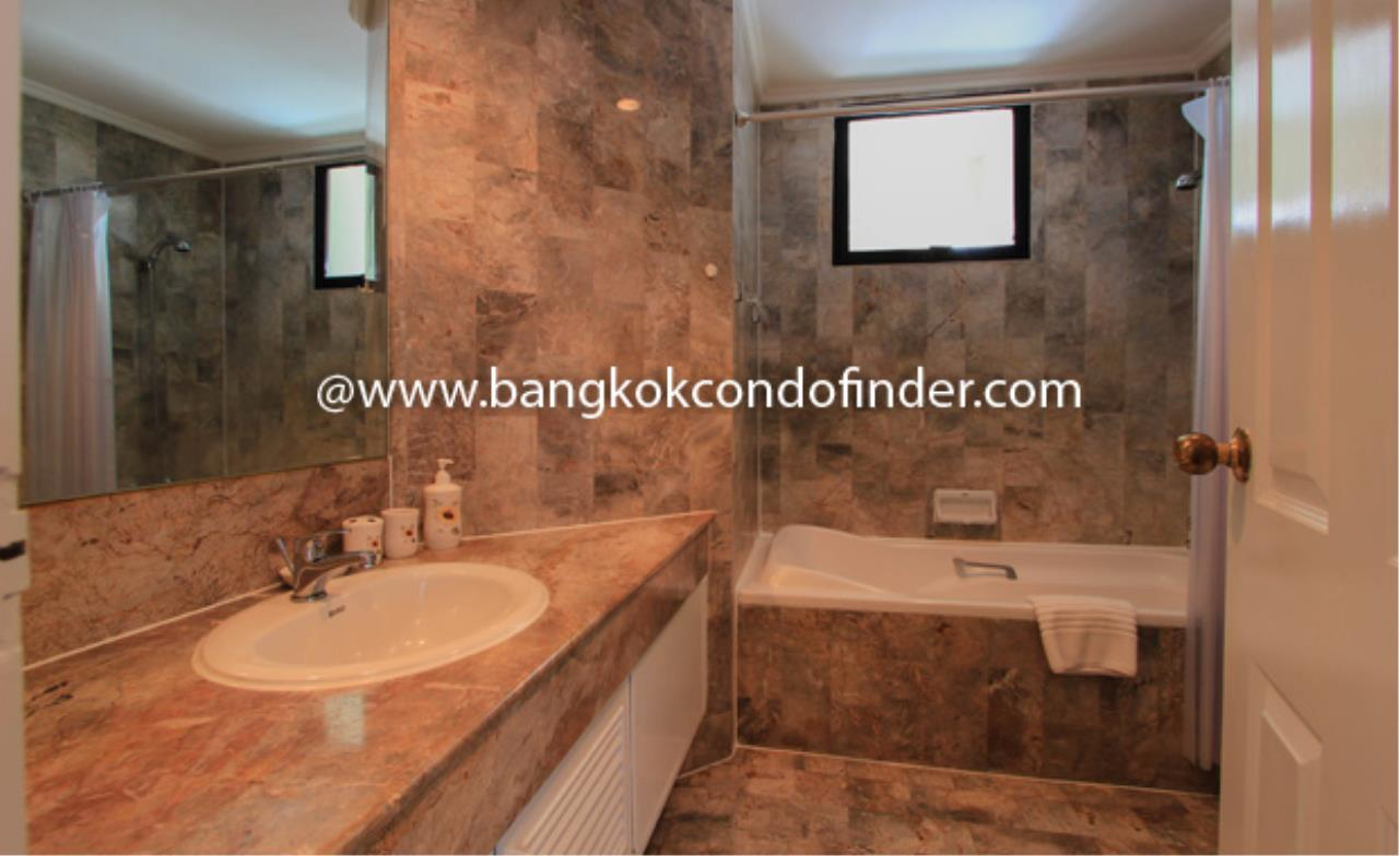Bangkok Condo Finder Agency's Trinity Complex Condominium for Rent 3