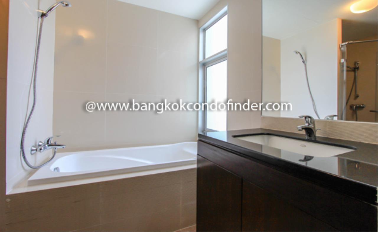 Bangkok Condo Finder Agency's Y.O. Place Condominium for Rent 2