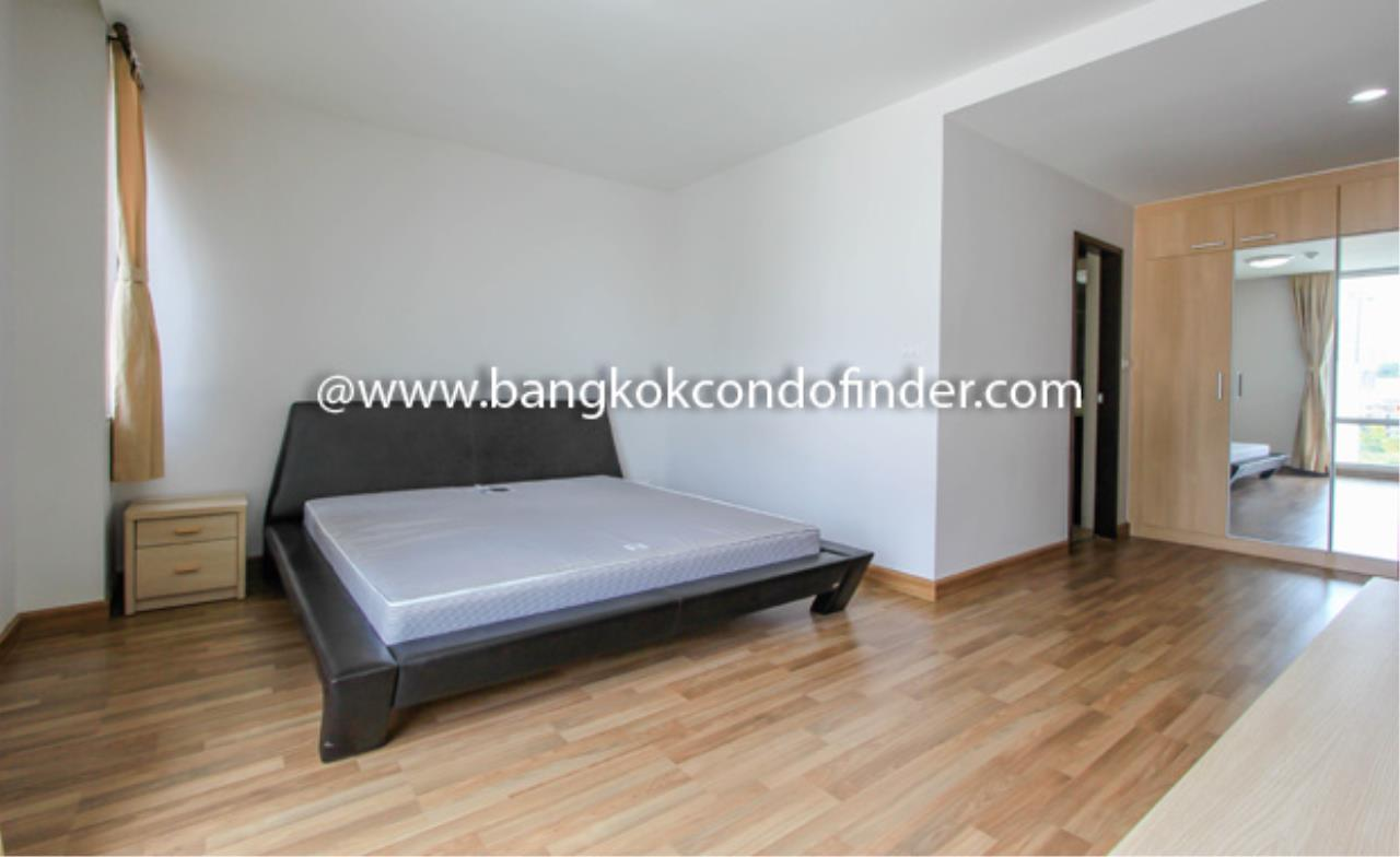 Bangkok Condo Finder Agency's Y.O. Place Condominium for Rent 5
