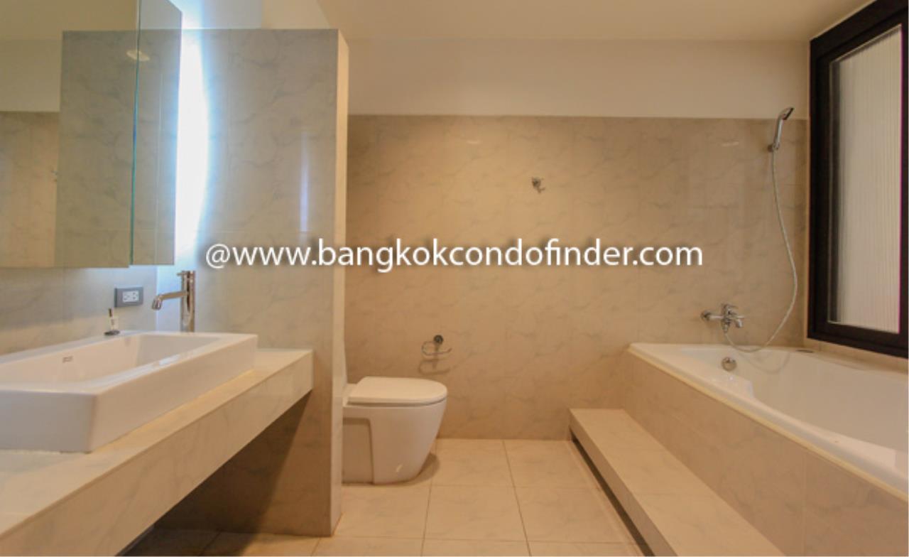 Bangkok Condo Finder Agency's The Pentacle Condominium for Rent 4