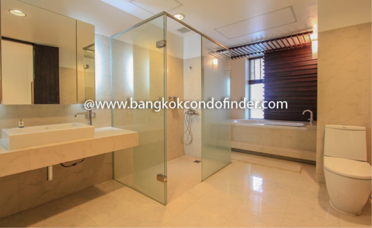 Bangkok Condo Finder Agency's The Pentacle Condominium for Rent 3