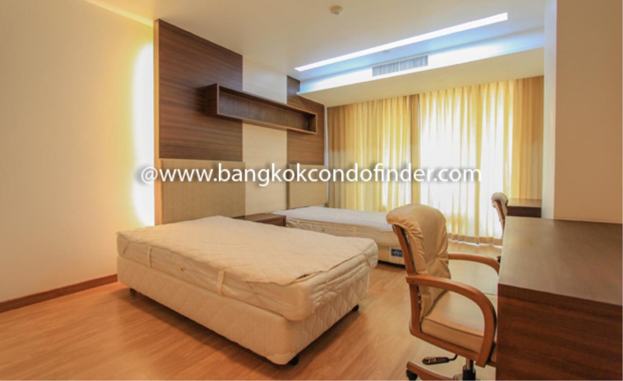 Bangkok Condo Finder Agency's The Pentacle Condominium for Rent 7
