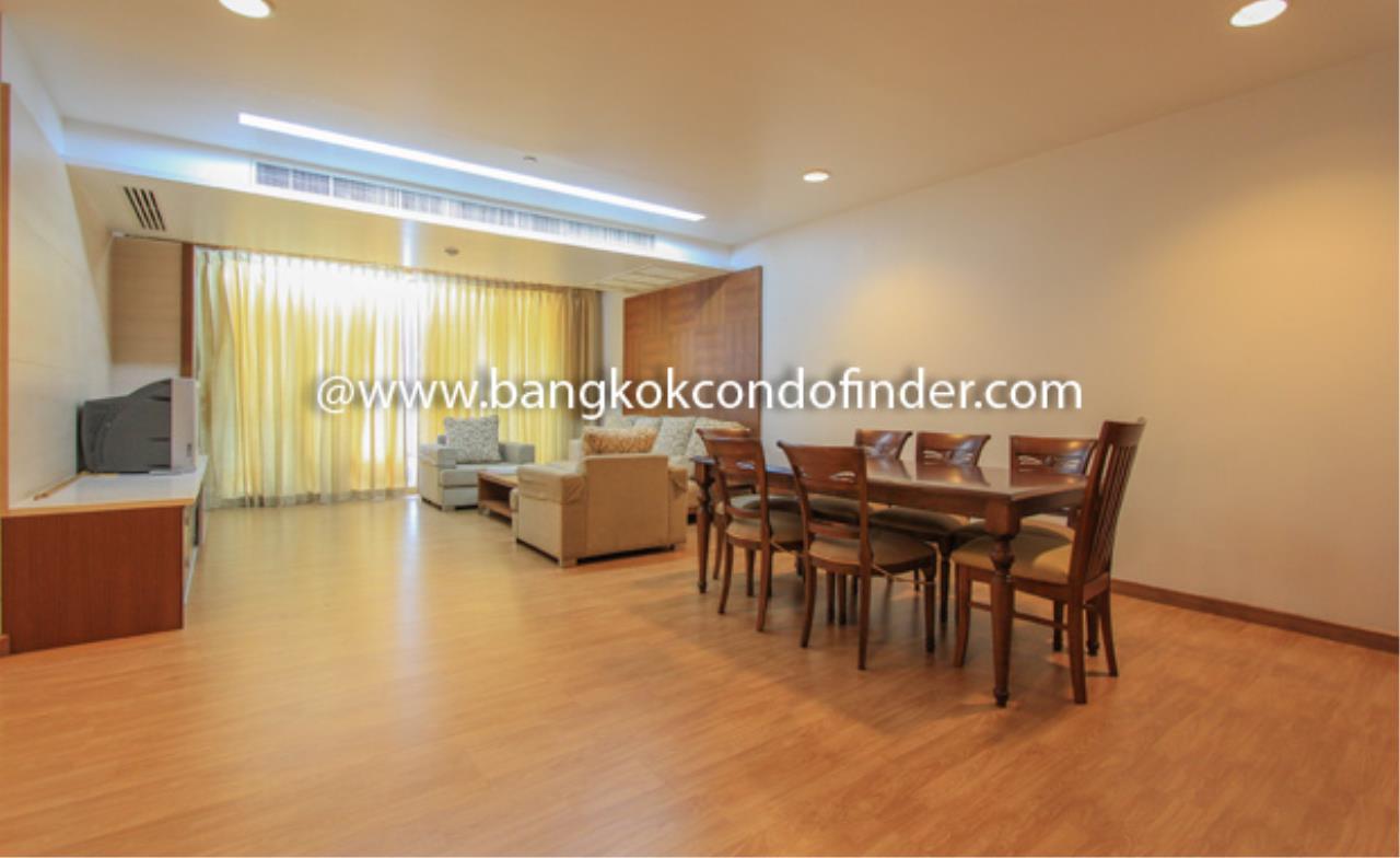 Bangkok Condo Finder Agency's The Pentacle Condominium for Rent 10