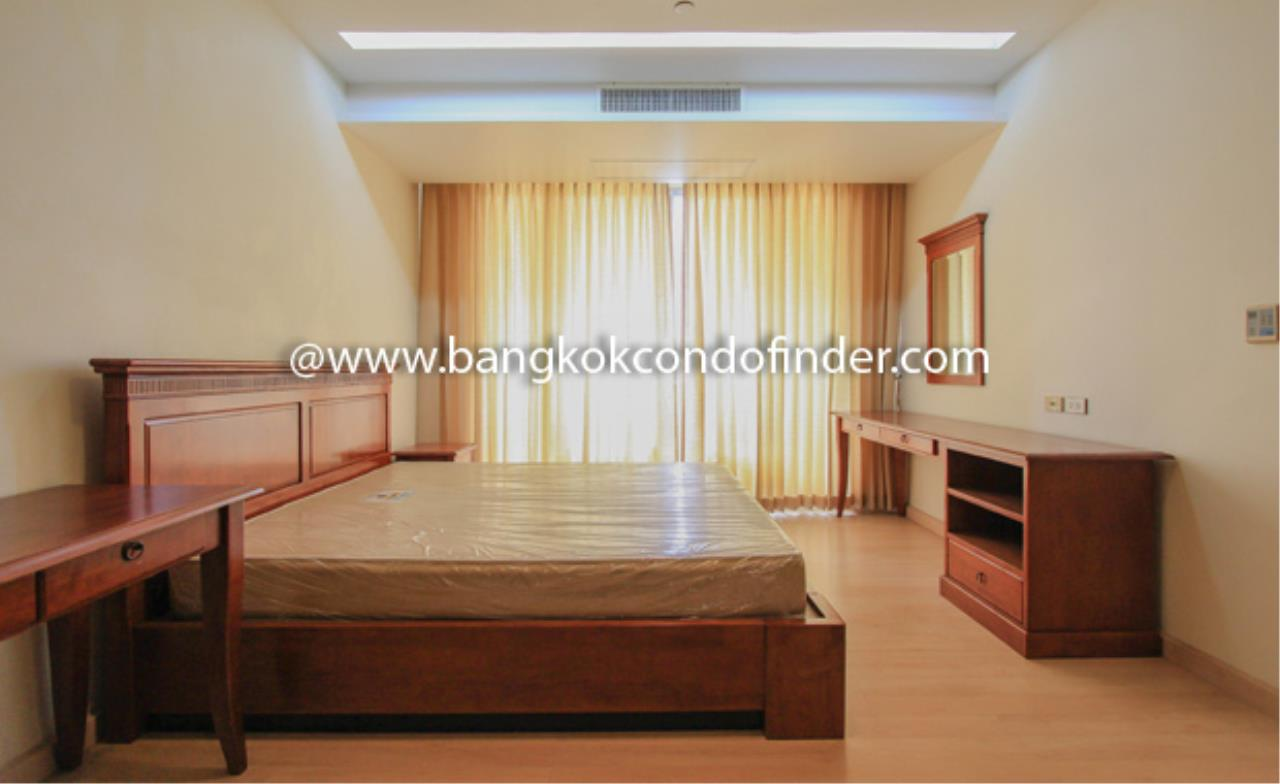 Bangkok Condo Finder Agency's The Pentacle Condominium for Rent 8