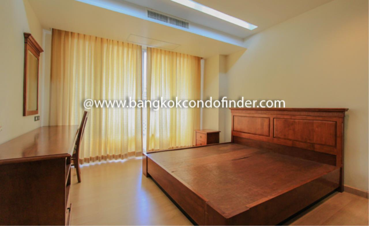 Bangkok Condo Finder Agency's The Pentacle Condominium for Rent 7