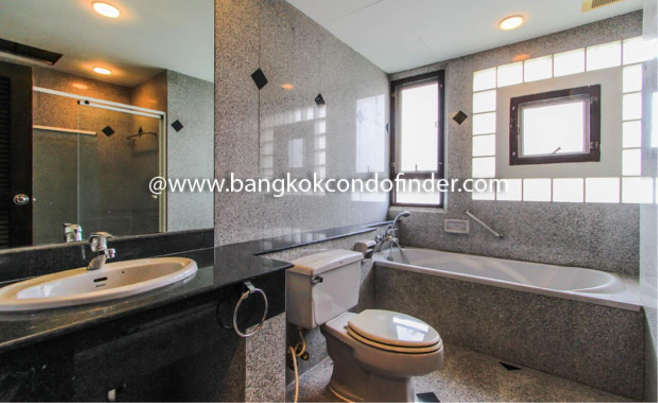 Bangkok Condo Finder Agency's Charoenjai place Condominium for Rent 2