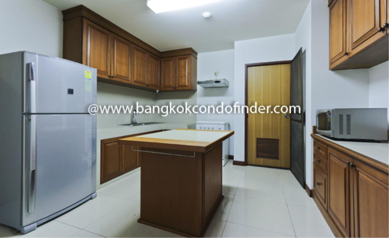 Bangkok Condo Finder Agency's Aramvej Apartment for Rent 6