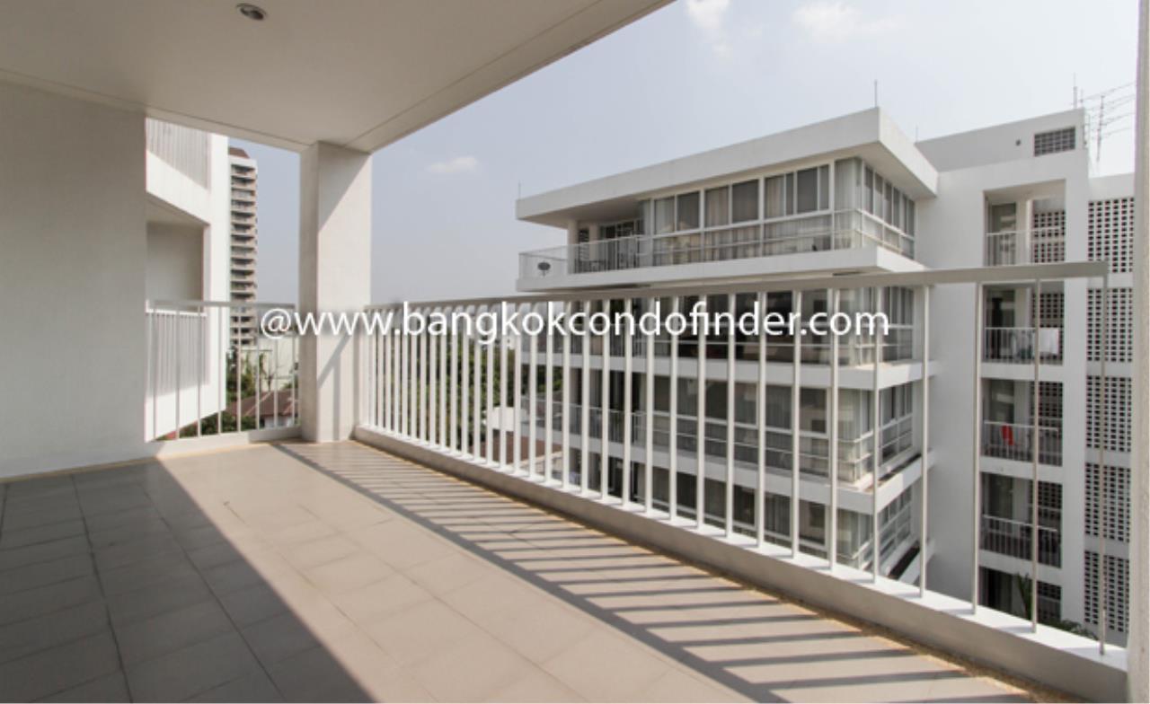 Bangkok Condo Finder Agency's Ekamai Gardens Apartment for Rent 2