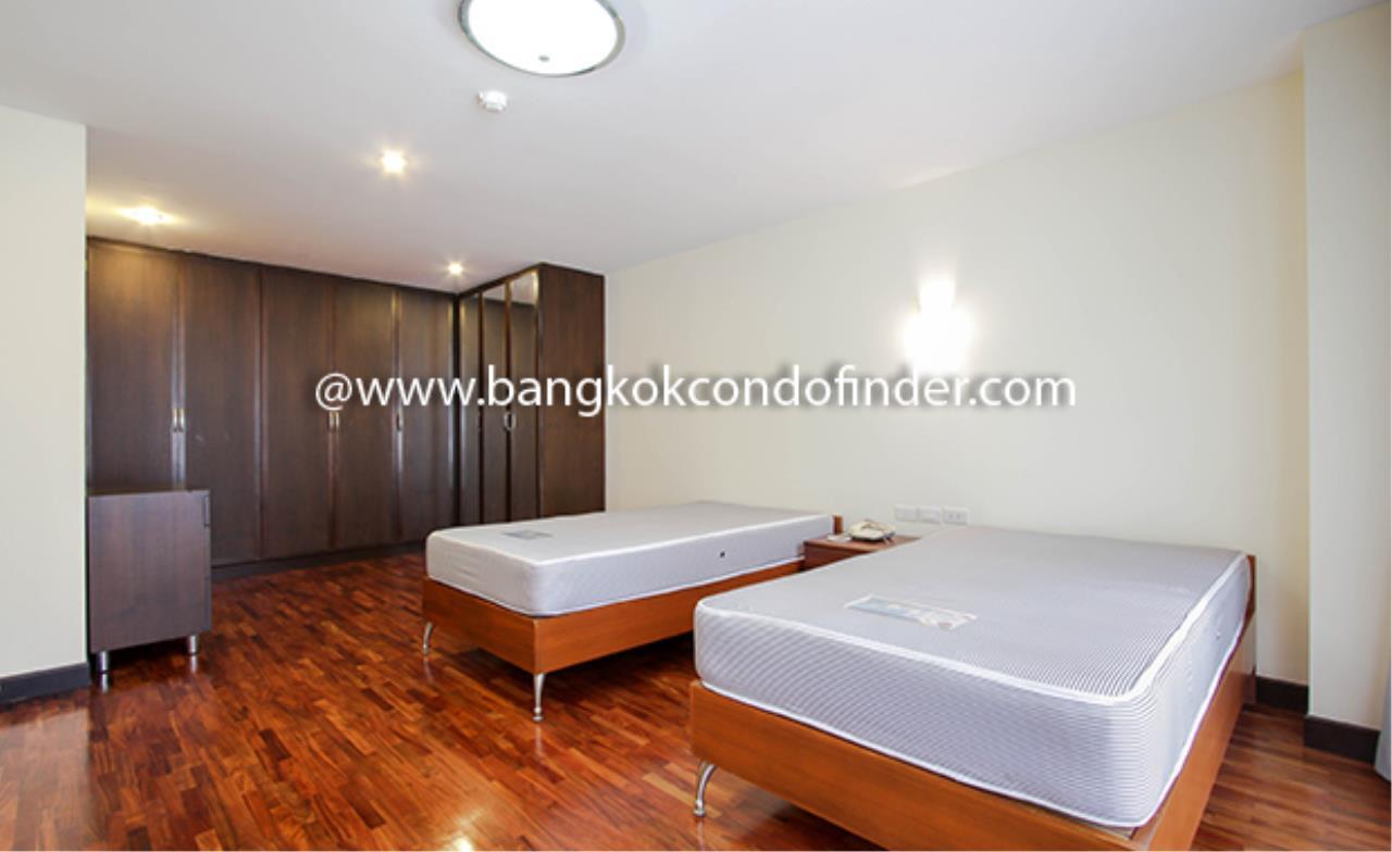 Bangkok Condo Finder Agency's Mela Mansion Condominium for Rent 5