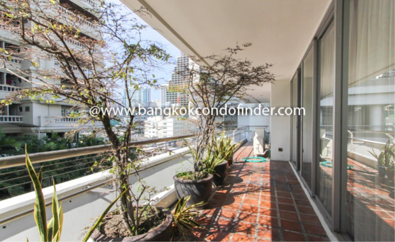 Bangkok Condo Finder Agency's Ma Peng Seng Condominium for Rent 2