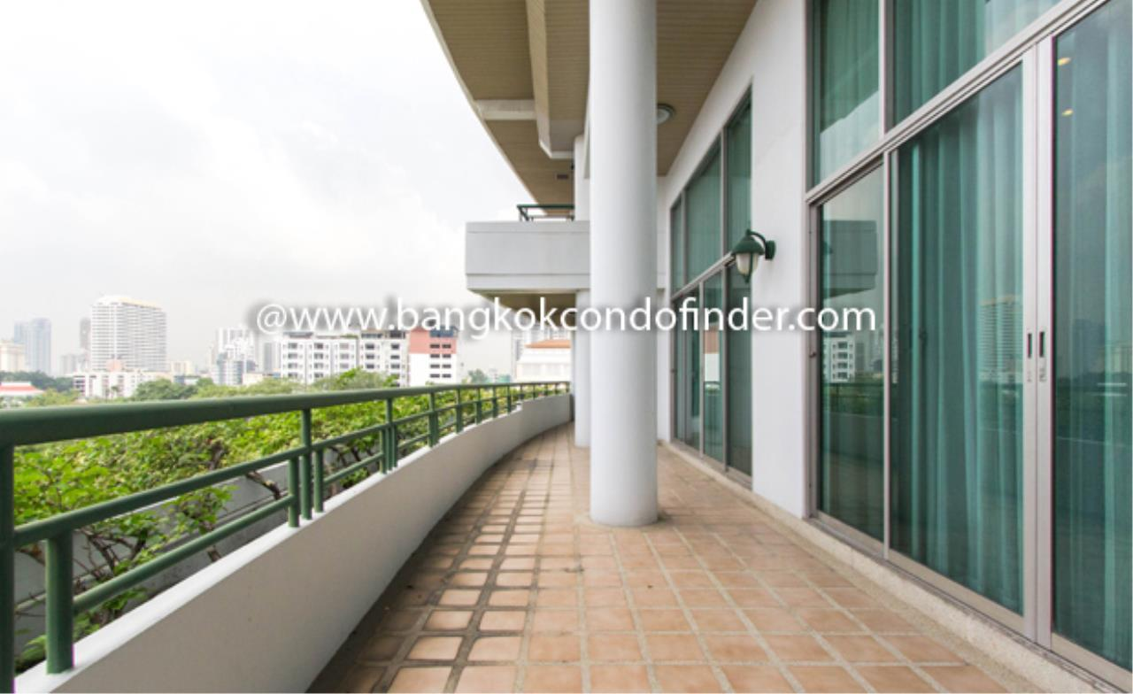 Bangkok Condo Finder Agency's 53 Park Place Condominium for Rent 2