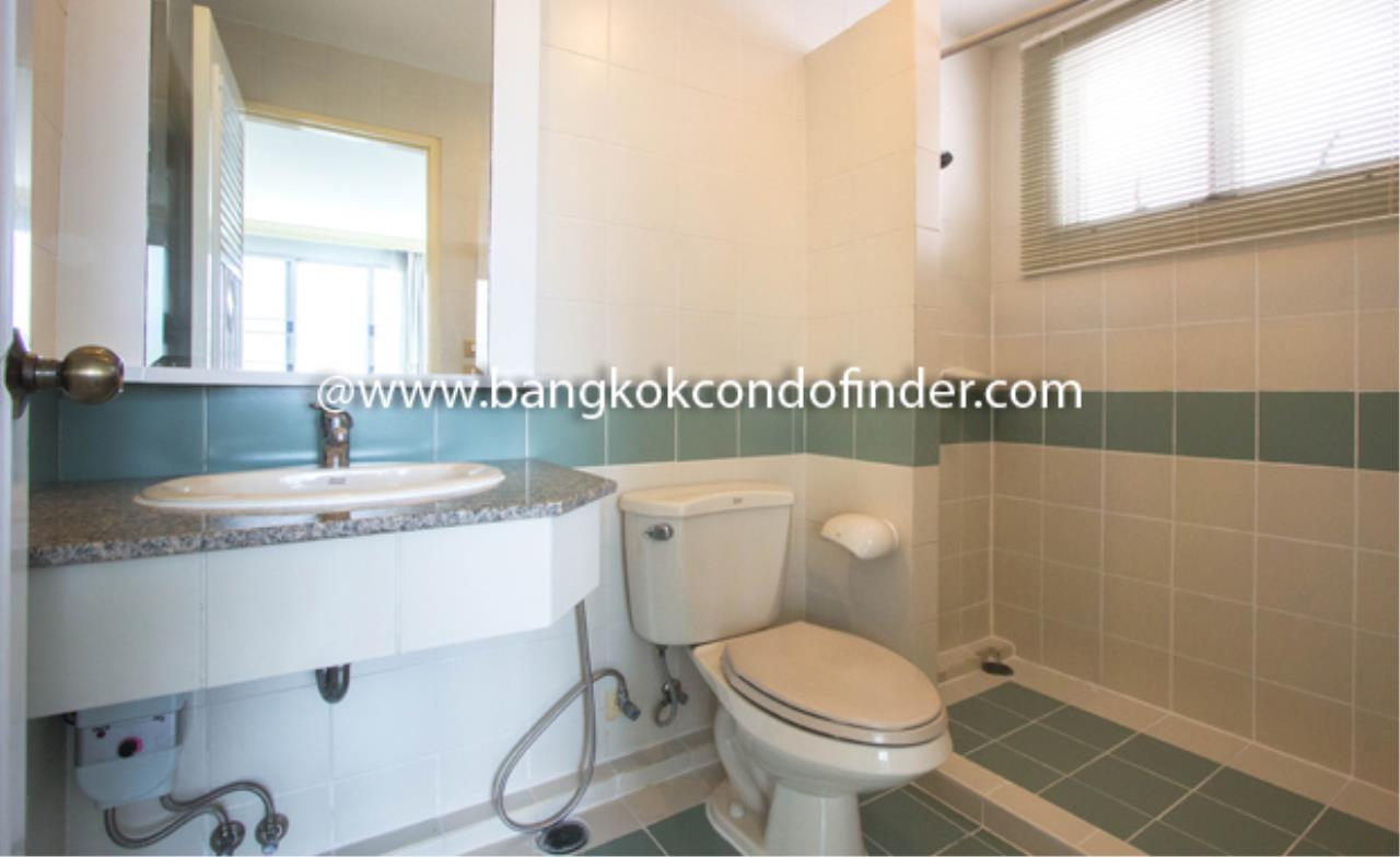 Bangkok Condo Finder Agency's 53 Park Place Condominium for Rent 3