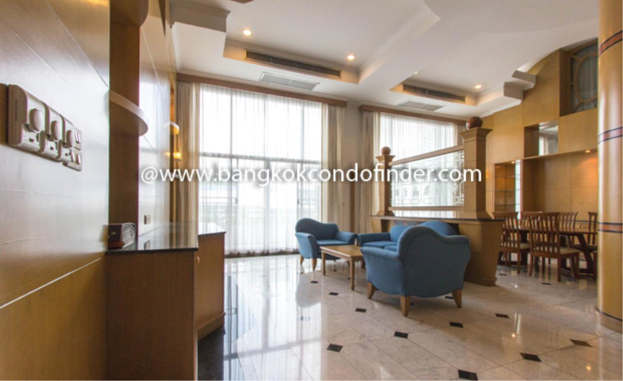 Bangkok Condo Finder Agency's 53 Park Place Condominium for Rent 1