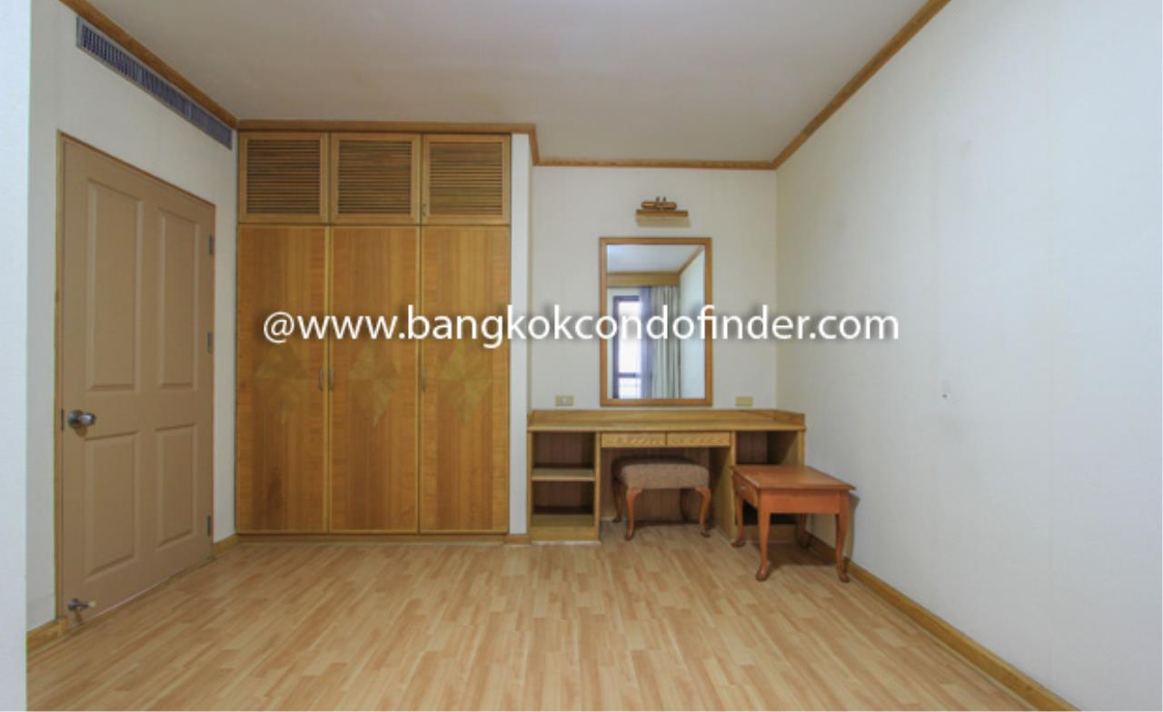 Bangkok Condo Finder Agency's Charoenjai place Condominium for Rent 10