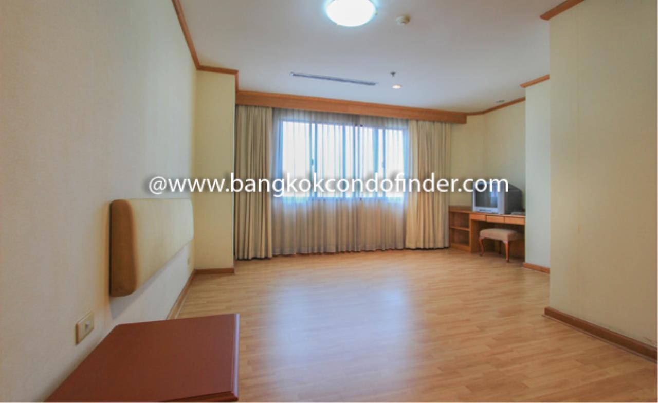Bangkok Condo Finder Agency's Charoenjai place Condominium for Rent 9