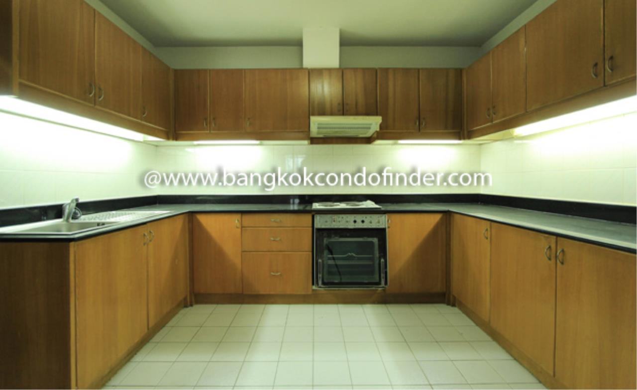 Bangkok Condo Finder Agency's Charoenjai place Condominium for Rent 5