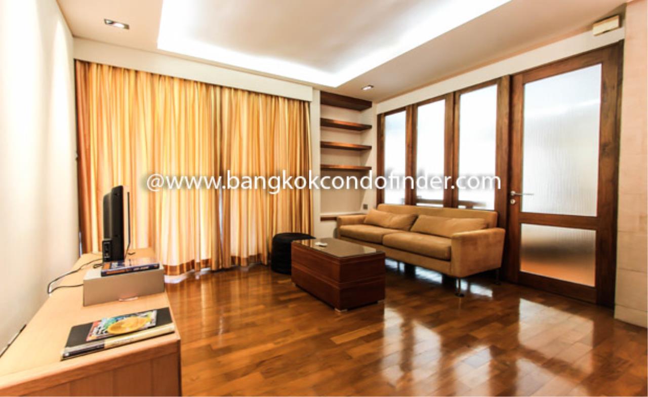 Bangkok Condo Finder Agency's Baan Siri Ruedee Condominium for Rent 1