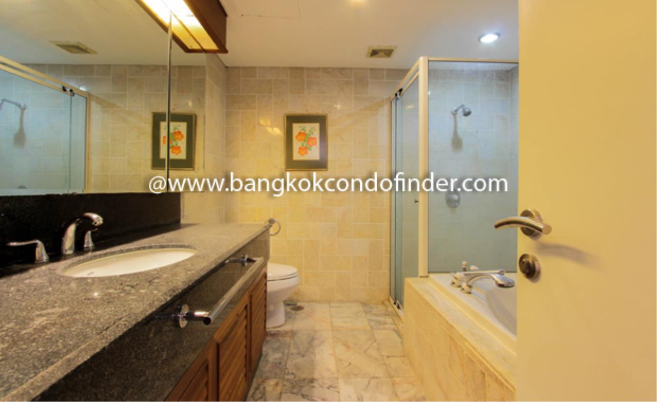 Bangkok Condo Finder Agency's Somkid Garden Condominium for Rent 4