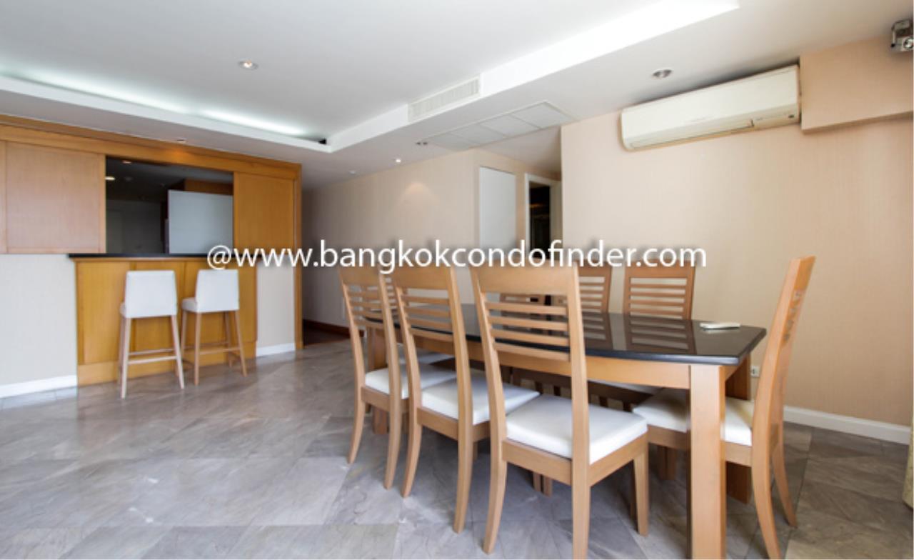 Bangkok Condo Finder Agency's Somkid Garden Condominium for Rent 10